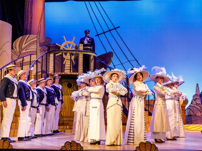 Melbourne Opera S Hms Pinafore Is A Handsome Spit And