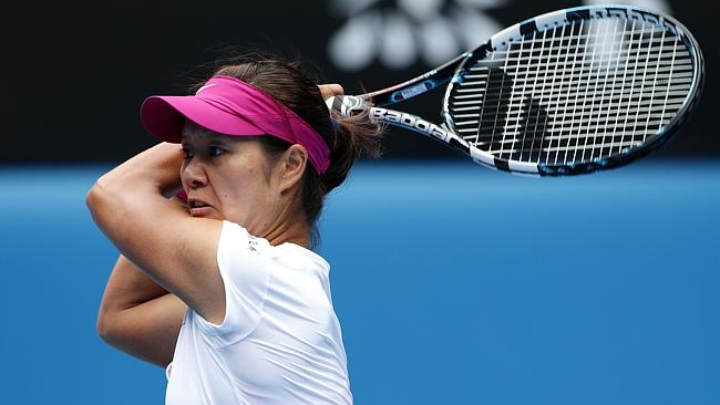 Li Na wins in straight sets over Flavia Pennetta at the Australian Open. Pic: Colleen Petch.
