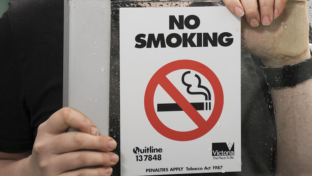 should smoking banned all restaurants I don't know about any other states, but in my home state, florida, smoking has been banned in all restaurants and bars this coming after many people complained that they can't eat in a.