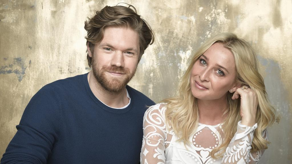 Offspring's Harry (Alexander England) and Nina (Asher Keddie). Picture: Supplied/Network Ten
