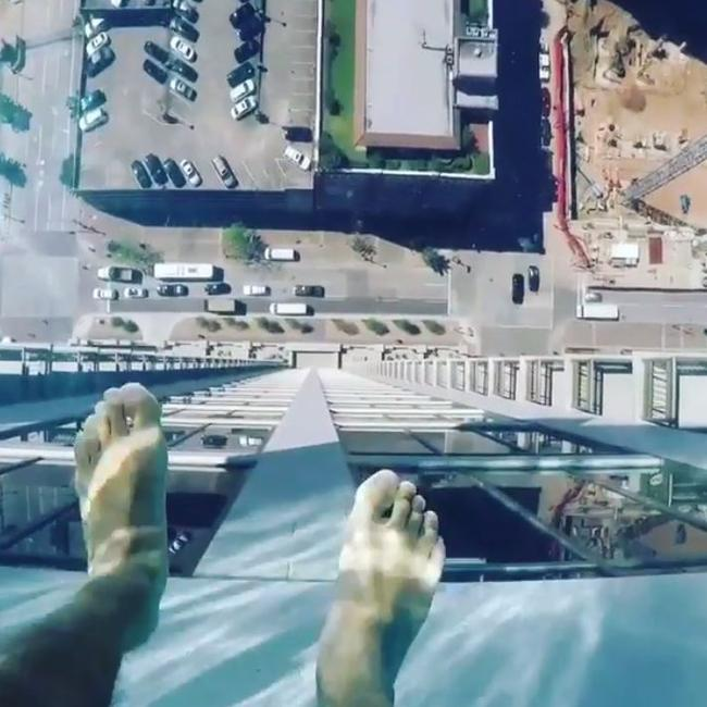 Swimming Pool With Glass Bottom Market Square Tower Houston Photos Are Incredible