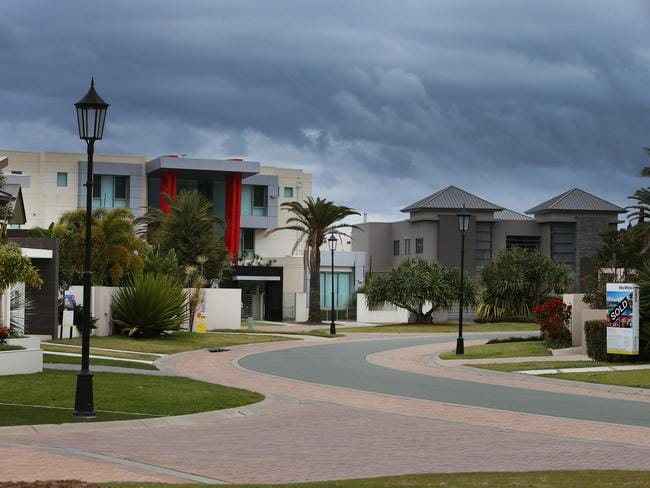 Almost empty streets on the Sovereign Islands Estate at Paradise Point. Picture Mike Batterham