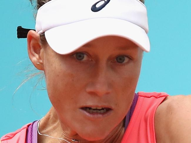 Stosur weighs in to Court drama