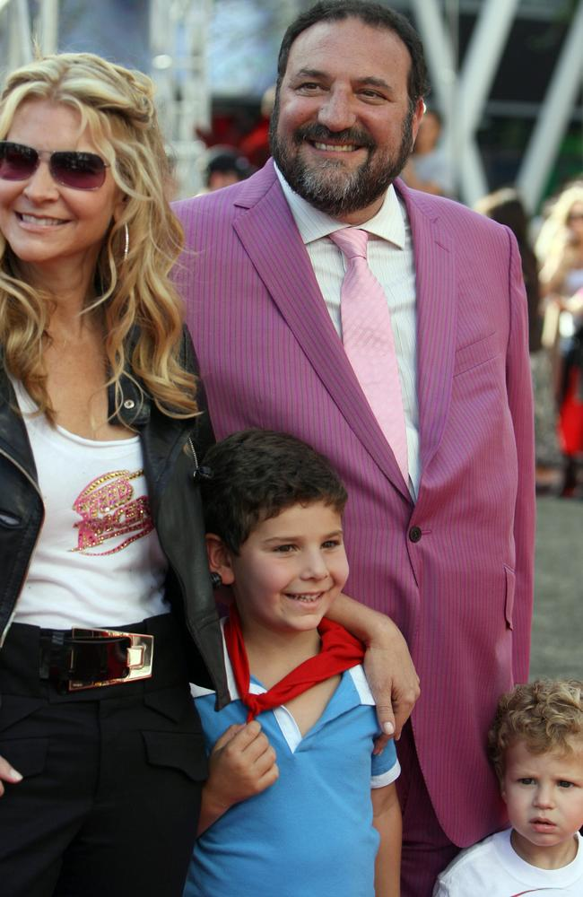 Silver arrives with his wife Karyn Fields and their sons at the 2008 premiere of Speed Racer.