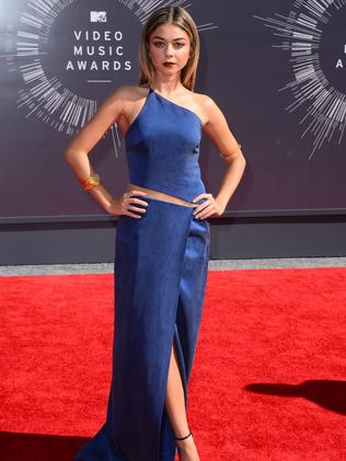 Modern Family's Sarah Hyland arrives at the MTV Video Music Awards.
