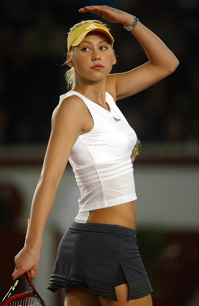 The top 10 glamour girls of tennis