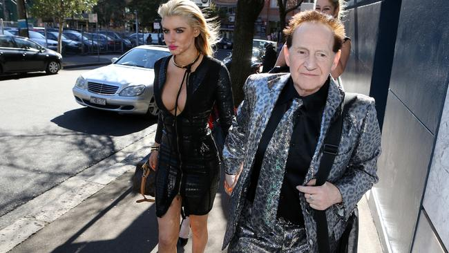 Gabi Grecko and Geoffrey Edelsten arriving at the Newscorp office in Sydney.