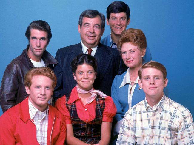Erin Moran (centre) with her Happy Days co-stars.