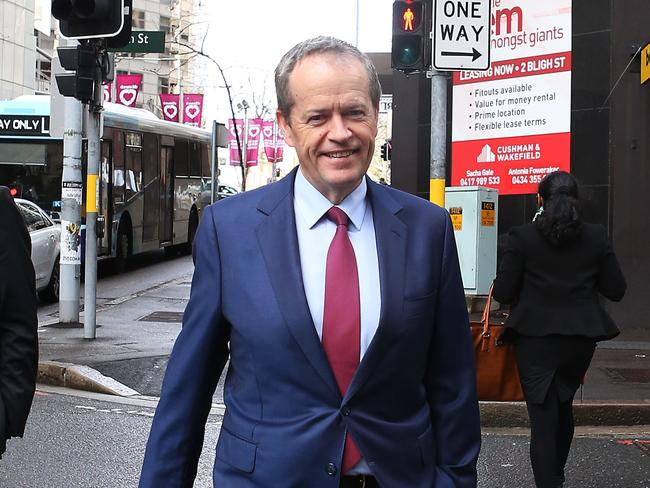 Opposition leader, Bill Shorten arrives in Sydney for a meeting with Malcolm Turnbull. Picture: John Feder