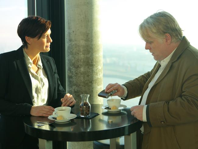 Robin Wright and Hoffman in a scene from  <i>A Most Wanted Man</i>.