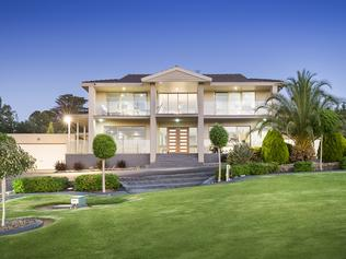 26 Chivers Road Templestowe, for Herald Sun realestate. DREAM HOMES Jan 21