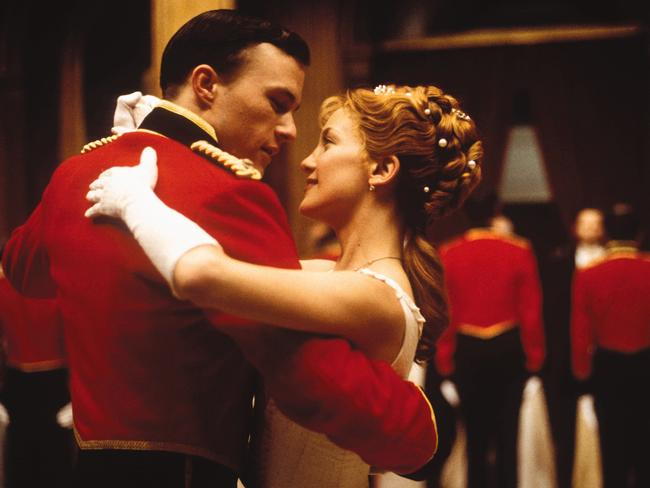 Heath Ledger with Kate Hudson in scene from The Four Feathers.
