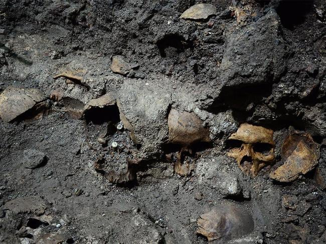 Exactly how many skulls were used in the tower is as yet unknown. Picture: PAU-INAH.
