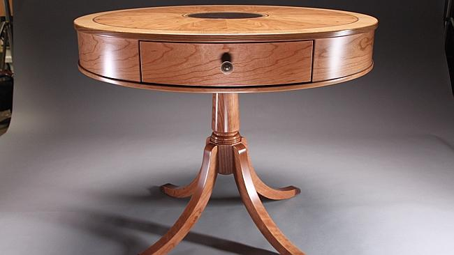 Table commissioned for Barack Obama, made from a piece of fallen oak from a tree within George Washington's estate in Mount Vernon.