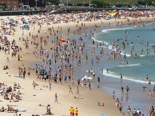 Hot Summer's day at Sydney's Bondi Beach. Surf Rescue, Surf Life Saving Australia. Generic, surf, beach.