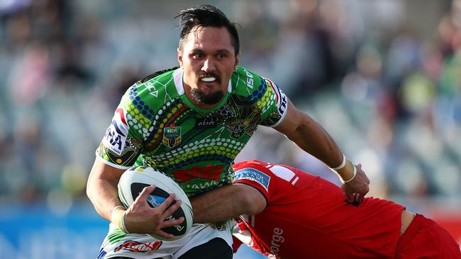 Jordan Rapana in action for the Raiders.