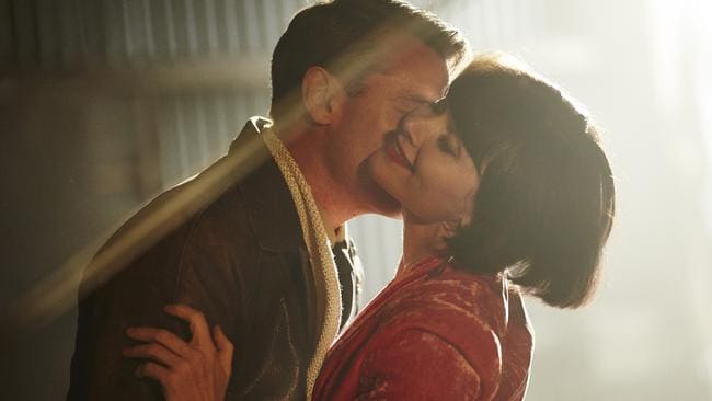 Love is in the air ... Will Captain Lyle Compton (Rodger Corser) and Miss Fisher (Essie Davis) take it to another level.