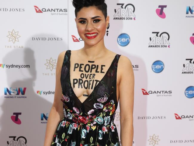 Montaigne on the red carpet at the 2016 ARIA Awards. Picture: Jonathan Ng
