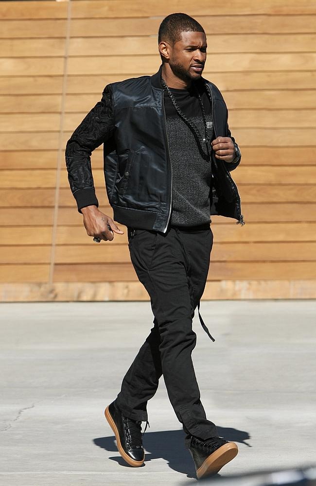 Usher Raymond does some shopping at Maxfield store in West Hollywood, LA.