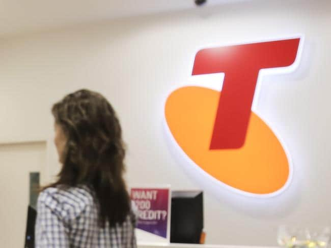 Telstra meltdown after fix promise