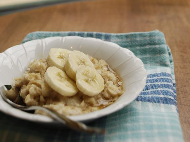 Pop some fruit on your porridge and you're on to a winner!