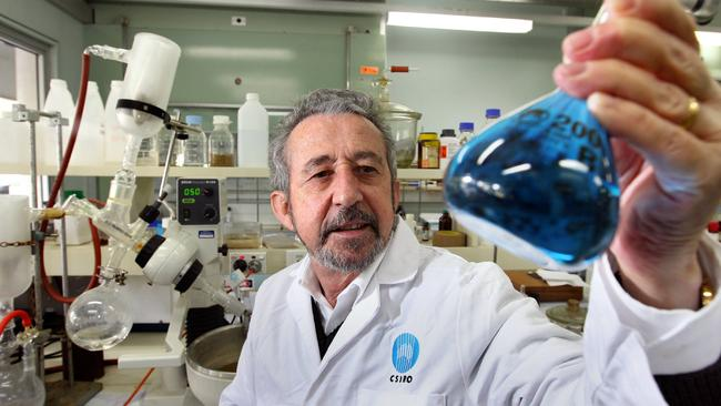 CSIRO chemist Ezio Rizzardo, who invented a new way of producing polymers, has been named among the world's top 20 chemists in terms of the impact of research.