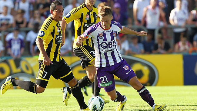 PERTH, AUSTRALIA - MARCH 17: Scott Jamieson of the Perth Glory controls the ball during the round 25 A-League match between the Perth Glory and the Wellington Phoenix at nib Stadium on March 17, 2013 in Perth, Australia. (Photo by Will Russell/Getty Images)