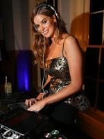 Robyn Lawley at the 2013 Vogue Fashion's Night Out held in the CBD shopping precinct of Sydney. Picture: Richard Dobson