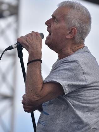 Daryl Braithwaite joins stable of racing legends | Herald Sun