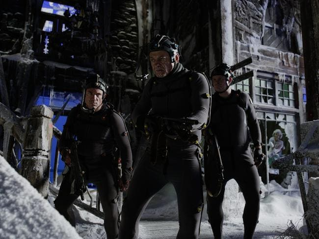 Terry Notary, Andy Serkis and Michael Adamthwaite on the set of War for the Planet of the Apes.