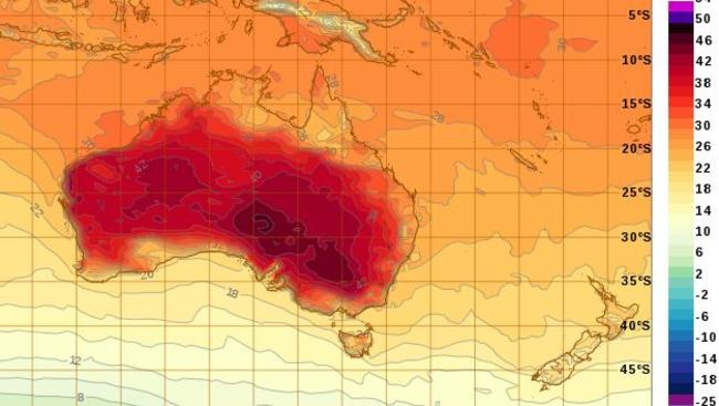 Expected heat over Australia at 5pm on Sunday. Picture: Bureau of Meteorology.