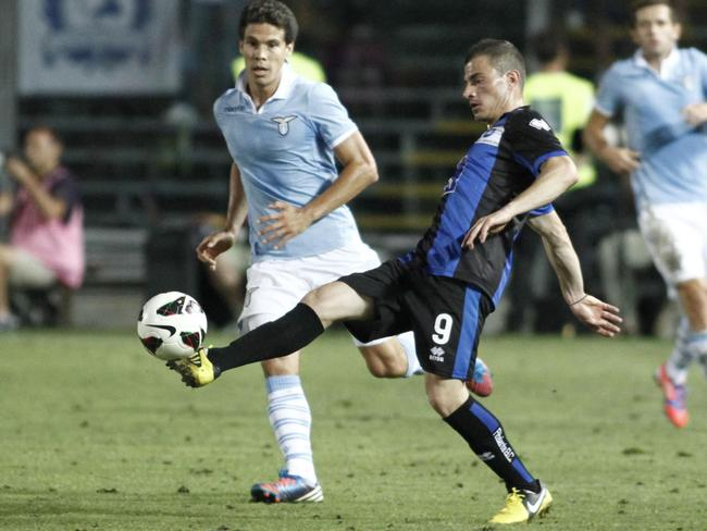 James Troisi in action for Atalanta in Seie A in 2012.