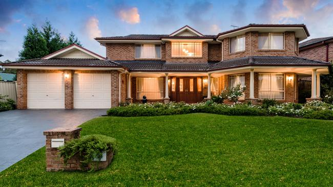 12 Baron Close, Kings Langley, sole for a suburb record $1.241 million.