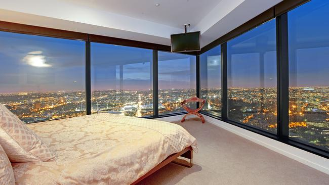 Melbourne Penthouse For Sale With Private Rooftop Swimming Pool Heraldsun