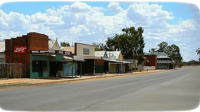 One of the main streets of Brewarrina. Photo: Jim Fisher www.brewarrina.com