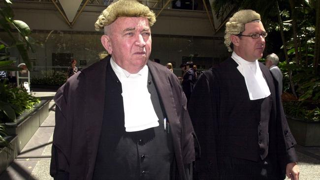 Cedric Hampson QC leaves the Brisbane Supreme during a hearing into Pauline Hanson's appeal against her conviction in 2003.