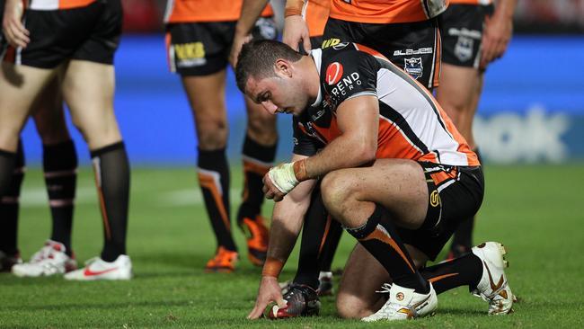 A dejected Tigers hooker Robbie Farah.