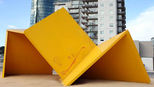 Yellow Peril was one of Melbourne's most hated artworks.