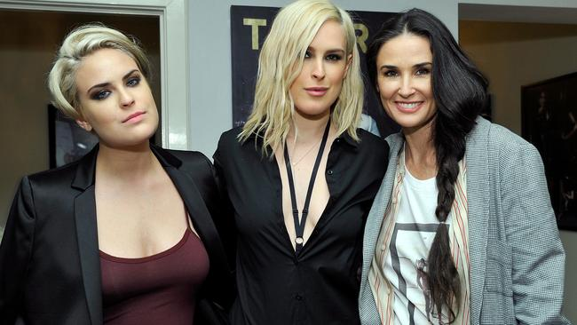 Rumer Willis talks about her mother Demi Moore and body image.