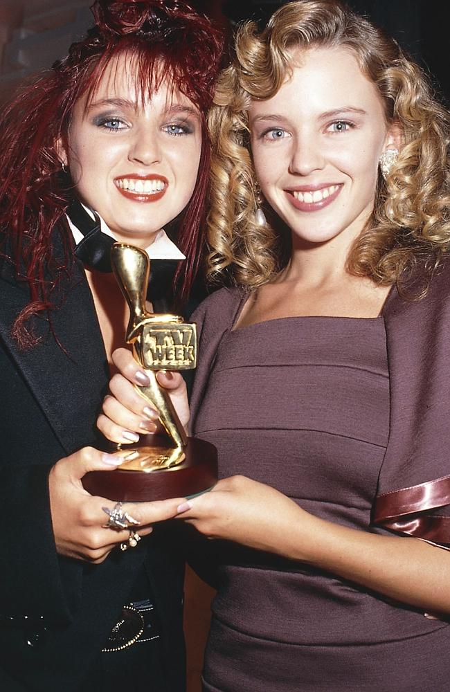 Dannii Minogue and Kylie Minogue with the Gold Logies at the 1988 Logie awards.
