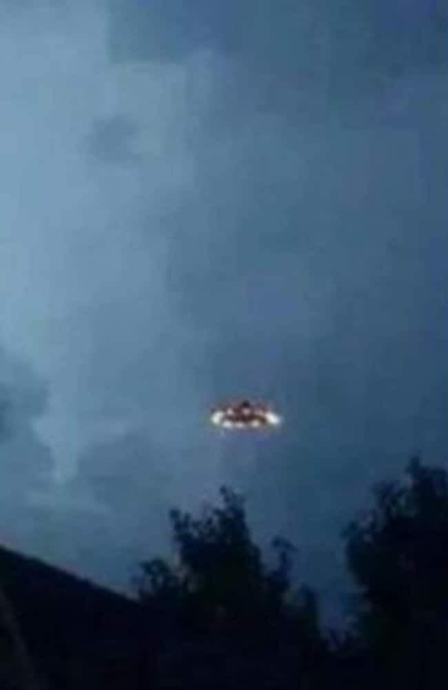 Another view of the UFO — although this one looks a little touched-up.