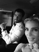 "Elsa Pataky with Chris Hemsworth ... ""We are late!! Hold on!"" Picture: Instagram"