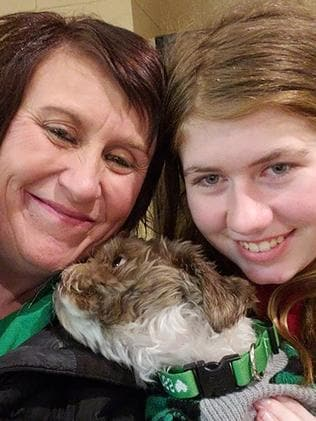 Jayme Closs (right), with her aunt Jennifer Naiberg Smith (left) and dog Molly after being reunited on January 11, 2019. Picture: AFP.