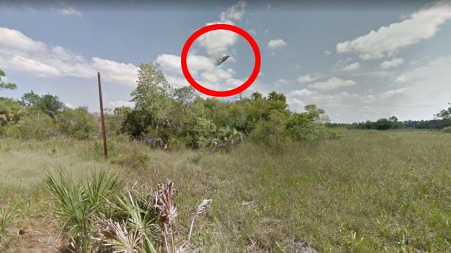 A UFO reportedly spotted on Google Maps.