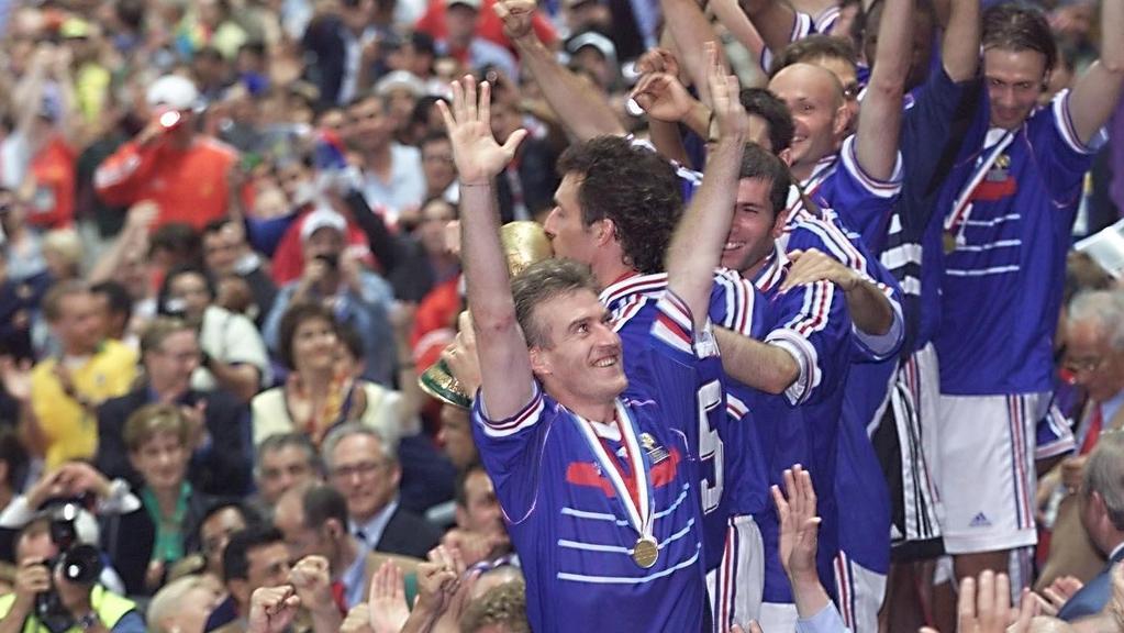 b9698090c Didier Descmaps celebrates France s 1998 World Cup success. Picture  AFP.