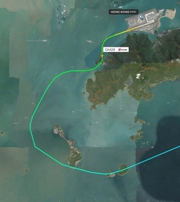 The Air China pilot unexpectedly turned south, headed towards Lantau Island's mountains. Image: Flightradar24
