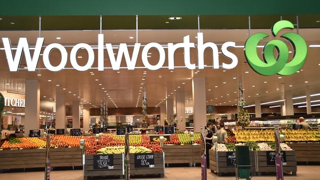 Woolies is considering bringing back free bags.