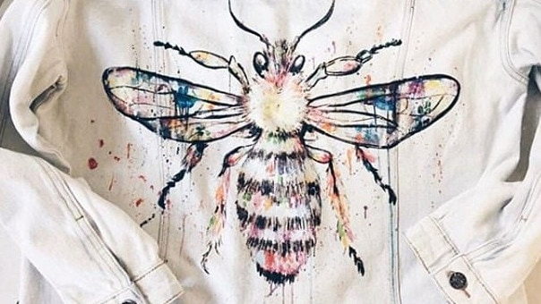 Sophie created a bee that attracted the attention of Ariana Grande's publicist, who asked if it could be embroidered on a jacket for the star. It was after the terrorist attack at her concert in Manchester where Sophie raised money to support the victims.