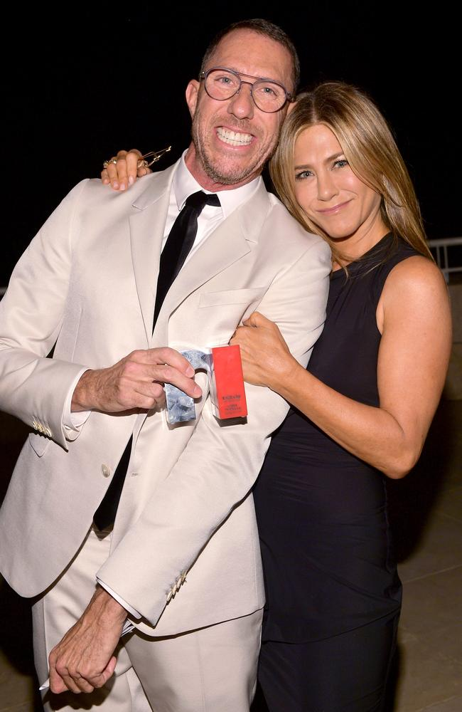 Hairstylist of the Year Chris McMillan and Jennifer Aniston at the 2018 InStyle Awards.