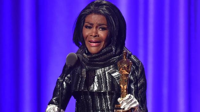Cicely Tyson accepts an honorary Oscar at the 10th Annual Governors Awards.